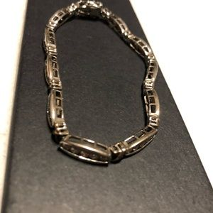Silver and rhinestones bracelet